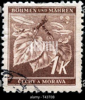 Briefmarke aus Böhmen und Mähren in der Lime Tree Branch (mit Blüten) Serien 1941 - Stockfoto
