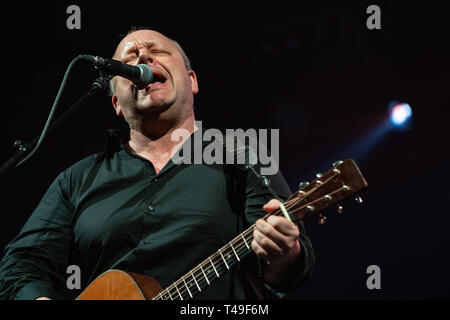 American alt-rock Band die Pixies durchführen bei Rogers Arena in Vancouver, BC am 7. April, 2019 - Stockfoto