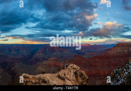 Sonnenuntergang am Grand Canyon National Park South Rim, Arizona, USA - Stockfoto