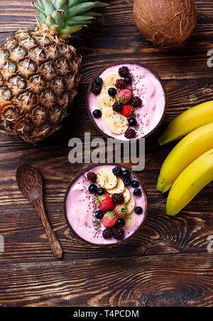 Frozen Dessert schön Creme mit Acai - Stockfoto