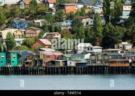 Palafitos, Castro, Archipiélago de Chiloé, Provincia de Chiloé, Región de Los Lagos, Patagonien, República de Chile, América del Sur. - Stockfoto
