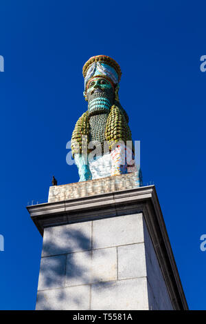 """Skulptur von Michael Rakowitz """"der unsichtbare Feind sollte nicht auf den vierten Sockel außerhalb der National Gallery, Trafalgar Square, London, UK"""