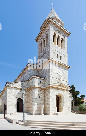 Pakostane, Kroatien, Europa - Schöne alte Kirche Architektur bei Pakostane - Stockfoto