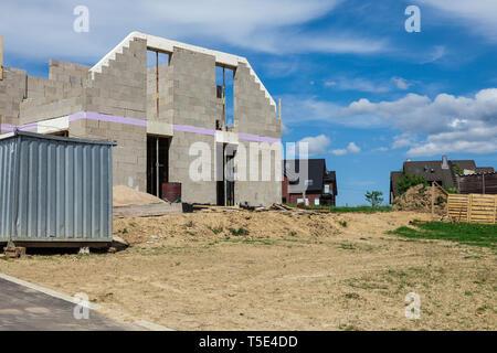 Shell eines Hauses auf der Baustelle - Stockfoto