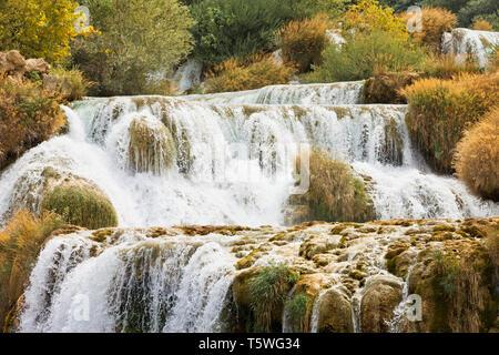 Krka, Sibenik, Kroatien, Europa - Erleben Sie die Kraft von Wasser bei der katarakt Krka - Stockfoto
