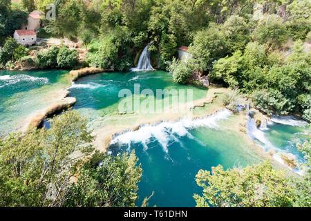 Krka, Sibenik, Kroatien, Europa - Luftaufnahme der Kaskade Wasserfälle von Krka - Stockfoto
