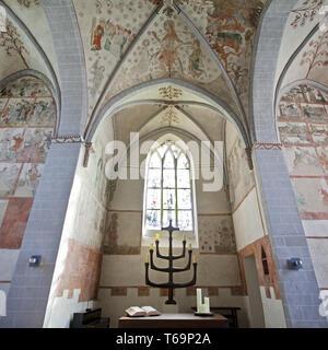 Wiedenest evangelische Dorfkirche Bunte Kerk mit Wandmalereien, Bergneustadt, Deutschland - Stockfoto