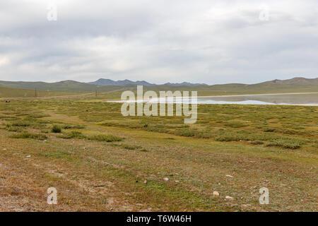 Terkhiin Tsagaan See auch bekannt als Weißer See ist ein See in der khangai Gebirge im Zentrum der Mongolei - Stockfoto