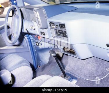 Innenansicht des Elektroautos ETX-II Aerostar in Zusammenarbeit von Ford und General Electric, 1980 gebaut. Mit freundlicher Genehmigung des US-Ministeriums für Energie. () - Stockfoto