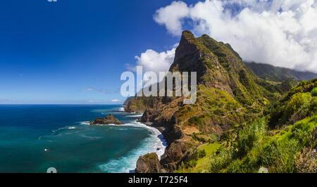 Küste in der Nähe von Boaventura - Madeira Portugal - Stockfoto