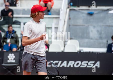 Rom, Italien. 08 Mai, 2019. Jannik Sünder von Italien feiert während seiner Pre-qualification Match gegen Lorenzo Musetti von Italien während der ATP-Masters 1000 Rom - 2019 Italian Open auf dem Foro Italico, Rom, Italien Am 8. Mai 2019. Foto von Giuseppe Maffia. Credit: UK Sport Pics Ltd/Alamy leben Nachrichten