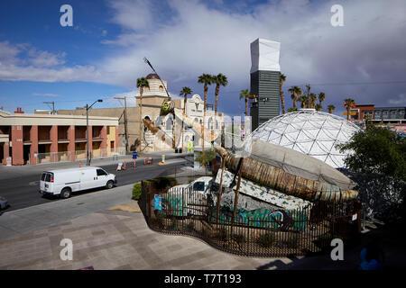 Las Vegas, Nevada, USA, Downtown Fremont Street Offbeat Einkaufszentrum Park von Versandbehältern gebaut - Stockfoto