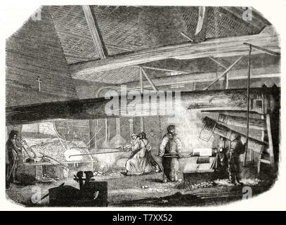 Alte Arbeiter mit Maschinen in einem warmen Gießerei. Graustufen Radierung stil Abbildung von nicht identifizierten Thema publ. Auf Magasin Pittoresque Paris 1848 - Stockfoto