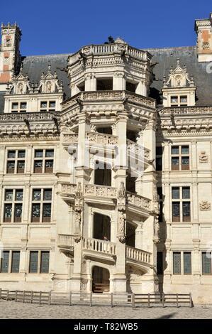 Frankreich, Loir et Cher, Tal der Loire, Weltkulturerbe der UNESCO, Blois, Château Royal de Blois, Fassade des Loges de l'aile François 1er - Stockfoto