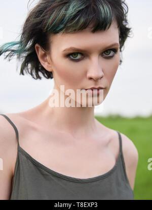 Outdoor close-up Porträt der schönen jungen Mädchen - Stockfoto
