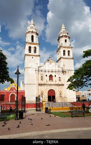 Campeche Mexiko - Campeche Altstadt UNESCO-Weltkulturerbe street scene, street scene, park Principal, Campeche, Yucatán, Mexiko Lateinamerika - Stockfoto