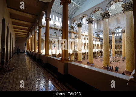 Die Innenansicht der Großen Halle des National Building Museum. Washington D.C. USA - Stockfoto