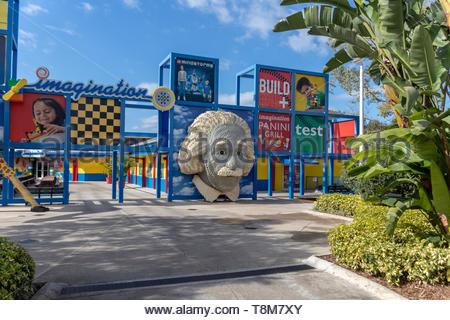 Winter Haven, Florida USA - Januar 22, 2019: LAND DER ABENTEUER Attraktionen und Fahrgeschäfte, Legoland Florida am Januar 22, 2019, im Winter Haven, FL - Stockfoto
