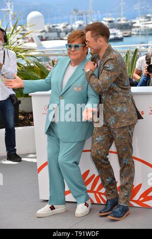 "Cannes, Frankreich. 16. Mai, 2019. CANNES, Frankreich. Mai 16, 2019: Elton John & Taron Egerton am Fotoshooting für die ""Rocketman"" auf dem 72. Festival de Cannes. Foto: Paul Smith/Alamy leben Nachrichten - Stockfoto"