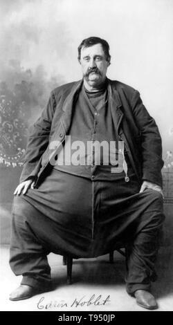 """Mit dem Titel: """"C. Hoblet"""" ein enorm fetter Mann. Antike griechische Medizin erkennt Adipositas als medizinische Störung, und Aufzeichnungen, dass die alten Ägypter es in gleicher Weise gesehen. Hippokrates schrieb, """"Korpulenz ist nicht nur eine Krankheit an sich, sondern der Vorbote der Anderen"""". Für die meisten der menschlichen Geschichte der Menschheit kämpfte mit Nahrungsmittelknappheit. Übergewicht hat sich in der Vergangenheit als ein Zeichen von Reichtum und Wohlstand gesehen. - Stockfoto"""