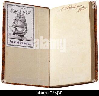 """Carl von Clausewitz (1780 - 1831) - 'Der Feldzug von 1813 bis zum Waffenstillstand' (Tr. """"Die Kampagne von 1813, endete mit Waffenstillstand""""), Ausgabe 1813 81 Seiten mit modernen marmoriertem Karton verbindlich, ca. 17,5 x 11,5 cm. Zunächst nur vier Editionen, die alle von Ihnen während der Lebenszeit des Autors veröffentlicht. Für eine lange Zeit Gneisenau eigentlich das Thema dieses Dokuments, während es war in der Tat geschrieben von Clausewitz. Alle anderen Schriften von C. veröffentlicht wurden nach seinem Tod, darunter die legendäre """"Vom Kriege"""" (""""Krieg""""). Die Lautstärke bei h, Additional-Rights - Clearance-Info - Not-Available - Stockfoto"""