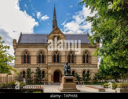 Die Mitchell Gebäude, Universität Adelaide, Süd Australien an einem sonnigen Tag - Stockfoto
