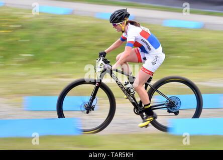 Tschechische Jitka Cabelicka in Aktion während der Frauen elite Cross Country Mountainbike Weltcup in Nové Město na Moravě, Tschechische Republik, 26. Mai 2019. (CTK Photo/Lubos Pavlicek) - Stockfoto
