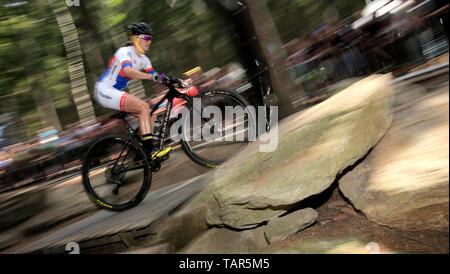 Tschechische Jitka Cabelicka in Aktion während der Frauen elite Cross Country Mountainbike Weltcup in Nové Město na Moravě, Tschechische Republik, 26. Mai 2019. (CTK Photo/Libor Plihal) - Stockfoto
