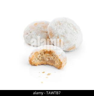 Süße Eid El Fitr Cookies, muslimischen weniger Urlaub, Süßigkeiten, isoliert auf weißem Hintergrund - Stockfoto