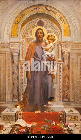 Otranto, Italien - 8. Mai 2015: Das Fresko des Heiligen Josef in der Kirche Sacro Monte della Beata Vergine del Soccorso von F. Grandi (Ende 19.Jh.). - Stockfoto