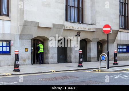 Die zentralen Strafgerichtshof, oder Old Bailey, dem historischen Gerichtsgebäude, wo die Öffentlichkeit besuchen können und in der auf hochkarätige kriminelle Versuche, London, UK sitzen - Stockfoto