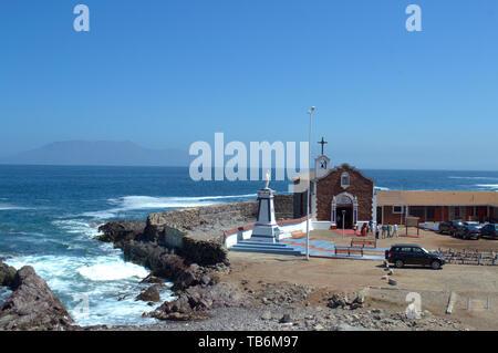 Eine katholische Kapelle der Jungfrau Maria in Antofagasta, Chile gewidmet. - Stockfoto
