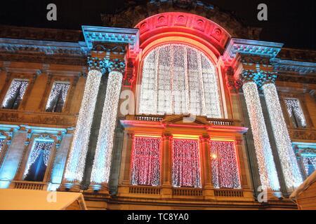Brüssel-Belgien-DEC 7: Börsengebäude Weihnachten pünktlich am 7. Dezember 2014 in Brüssel. - Stockfoto