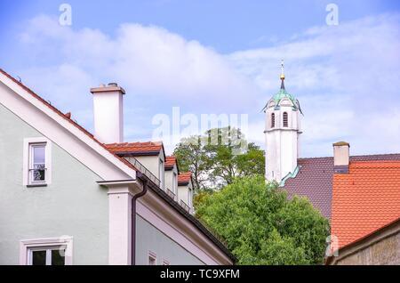 Augsburg, Bayern, Deutschland - Turm der Klosterkirche der Dominikanischen Kloster St. Ursula. Augsburg, Bayern, Deutschland - Turm der - Stockfoto
