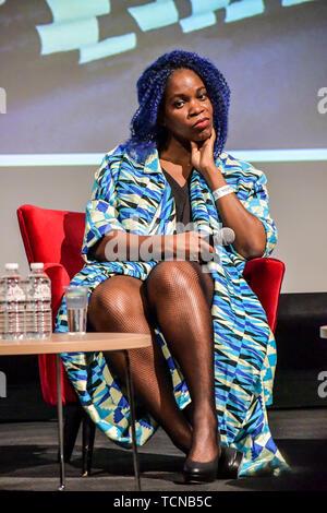 London, Großbritannien. 09 Juni, 2019. Das Geschäft der afrikanische Mode auf Wunsch Afrika Expo, ein Schaufenster der Panafrikanismus im Olympia Conference Center am 9. Juni 2019, London, UK. Bild Capital/Alamy leben Nachrichten - Stockfoto