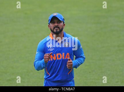 London, Großbritannien. 09 Juni, 2019. Kedar Jadhav von Indien während der ICC Cricket World Cup Match zwischen Indien und Australien, Am Kia Oval, London. Credit: Cal Sport Media/Alamy leben Nachrichten - Stockfoto