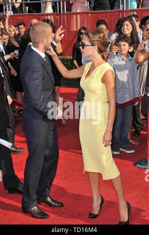LOS ANGELES, Ca. 16. Juli 2008: David Beckham und Victoria Beckham an der 2008 ESPY Awards im Nokia Theatre, Los Angeles. © 2008 Paul Smith/Featureflash - Stockfoto