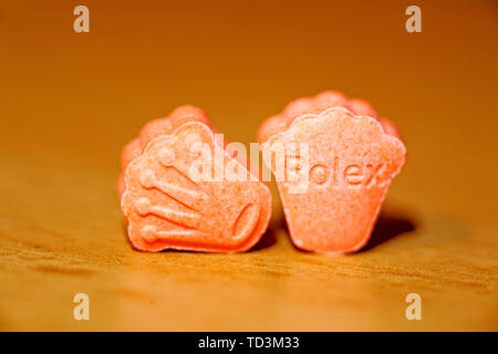 Pils extasy mdma Makro Hintergrund Fine Art Drucke in hoher Qualität