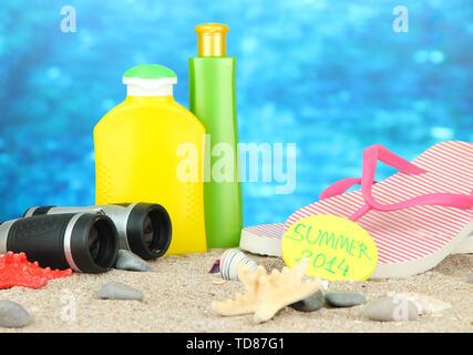Konzeptionelle Bild der Sommerferien. Am Meer Hintergrund - Stockfoto