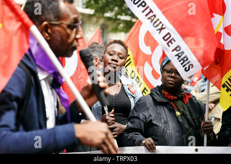 Emergency Health Care workers Protest in Paris - Frankreich