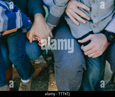 Hohe Betrachtungswinkel der Eltern mit den Kindern - Stockfoto