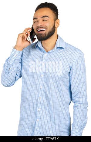 Happy afro-amerikanischer Mann mit einem Mobiltelefon - Stockfoto