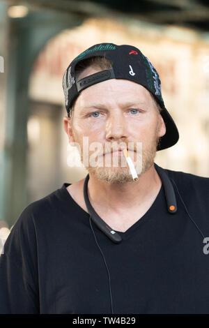 Portrait philadelpia Street in der Innenstadt von einem Mann genommen - Stockfoto