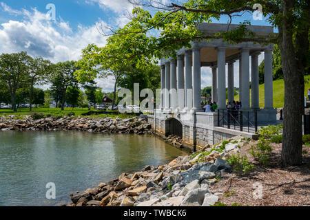 USA MA Massachusetts Plymouth Plymouth Plimouth Rock am Ufer des Plymouth Bay, wo die Pilger sagte, waren die ersten gelandet - Stockfoto