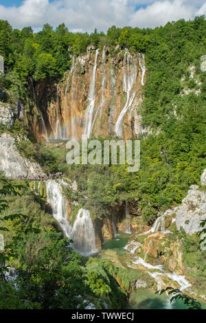 Veliki Slap und Sastavsi Wasserfälle, NP Plitvicer Seen, Kroatien - Stockfoto