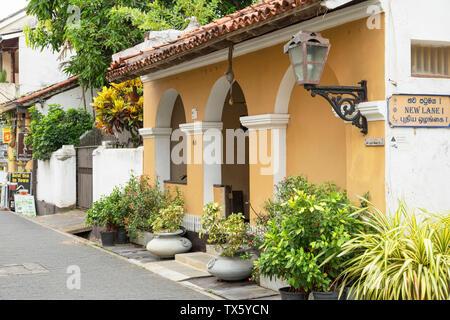 Villa auf der Straße, Galle, Bundesland Kärnten, Sri Lanka - Stockfoto