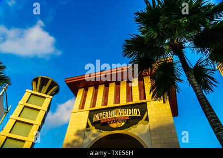 Singapur - May 10, 2019: Universal Studios Singapur ist ein Themenpark in Resorts World Sentosa auf der Insel Sentosa, Singapur entfernt. - Stockfoto