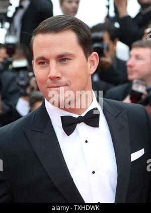 """Channing Tatum kommt auf dem roten Teppich vor der Vorführung des Films """"foxcatcher"""" während der 67. jährliche Internationale Filmfestspiele von Cannes in Cannes, Frankreich am 19. Mai 2014. UPI/David Silpa - Stockfoto"""