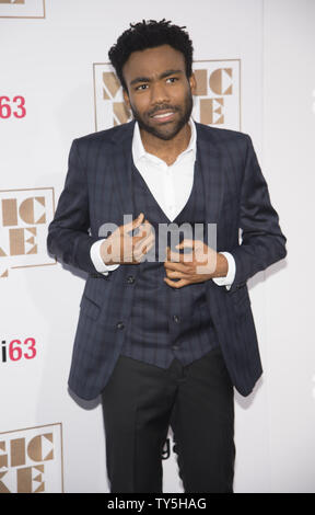 "Warf Mitglied Donald Glover besucht die Premiere des Films ""Magic Mike XXL' an der TCL Chinese Theatre in Hollywood Abschnitt von Los Angeles hielt am 25. Juni 2015. Foto von Phil McCarten/UPI - Stockfoto"