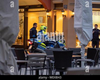 Augsburg, Deutschland - 26 März, 2019: Deutsche Polizei Motorrad vom Freistaat Bayern mit den Buchstaben POLIZEI - Stockfoto